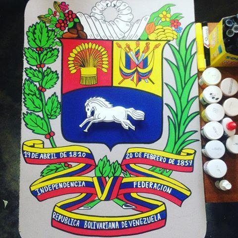 Escudo de Venezuela 🇻🇪. Hecho en carton con pintura al frío. #venezuela #escudo #manualidades