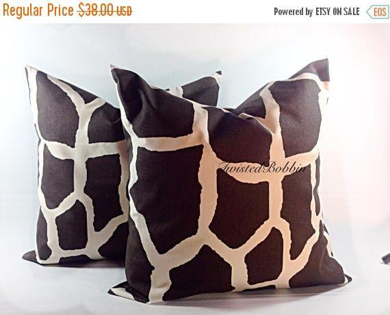 SALE Brown Pillow. Giraffe. Pillow case. 22x22. Animal print.