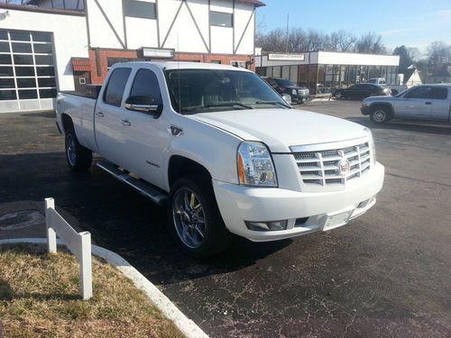 2008 Chevrolet Silverado 2500 HD LT 4-Door 6.6L ** 2010 ESCALADE CONVERSION **, image 1