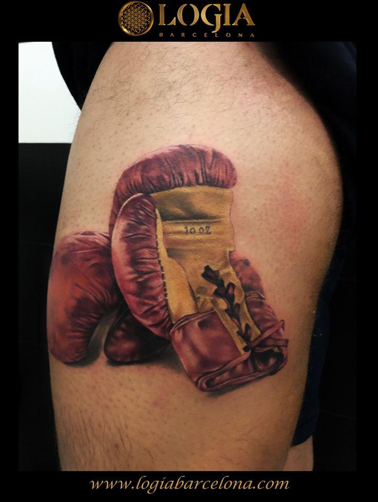 Φ Artist PEDRO MONTEIRO Φ  Info & Citas: (+34) 93 2506168 - Email: Info@logiabarcelona.com www.logiabarcelona.com #logiabarcelona #logiatattoo #tatuajes #tattoo #tattooink #tattoolife #tattoospain #tattooworld #tattoobarcelona #tattoosenbarcelona #ink #arttattoo #artisttattoo #inked #instattoo #inktattoo #tatuagem #tattoocolor #tattooartwork #tattoodotwork #boxeo #boxing #guantes #gloves