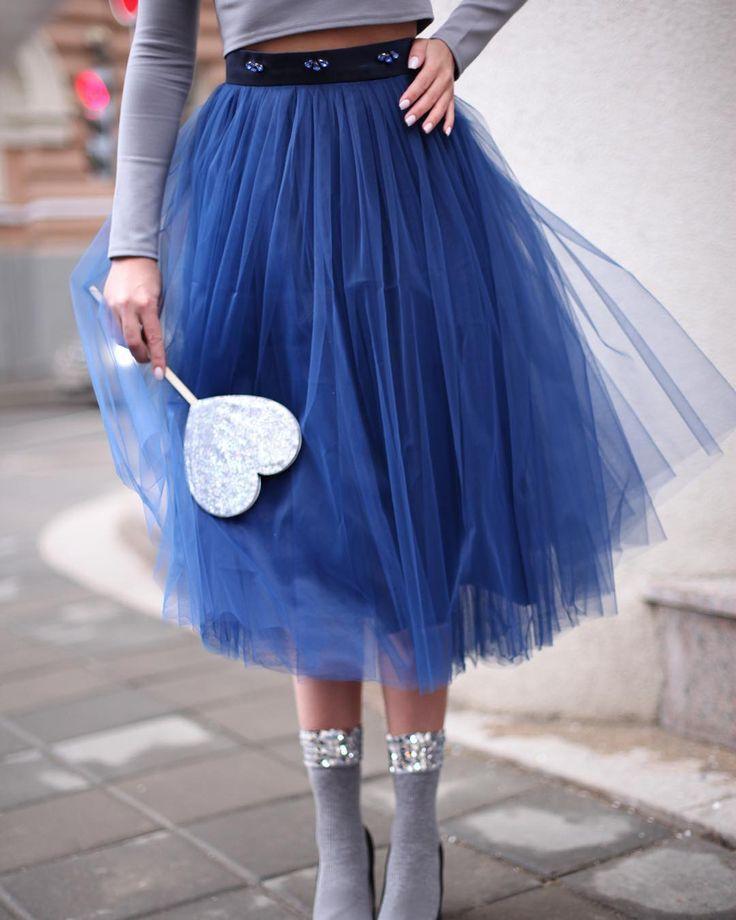 #девочкитакиедевочки #girlsparty #stylishlife #stylishgirl #streetstyle #fashionweek #fashionlovers #юбкапачка #юбкамиди #миди #пачкамиди #trends #tutu #tutuskirt #пачка #tskirt #stylist #fashionbloger #bloger #moscowstreetstyle #streetstyle #непышнаяпачка #winterlook #newyearlook #lookoftheday