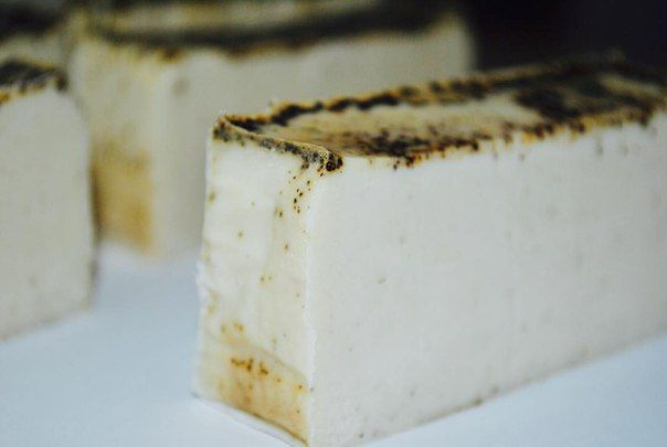 #Мыло - #скраб ручной работы с маслом #жожоба. Аромат - #кофе и #кокос.  Скоро в продаже!   #soap #handmade #lintugift