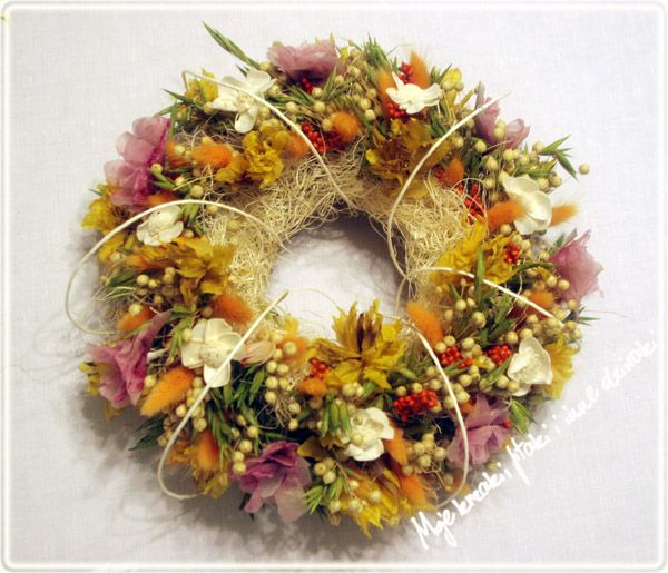 summer wreaths, natural plants