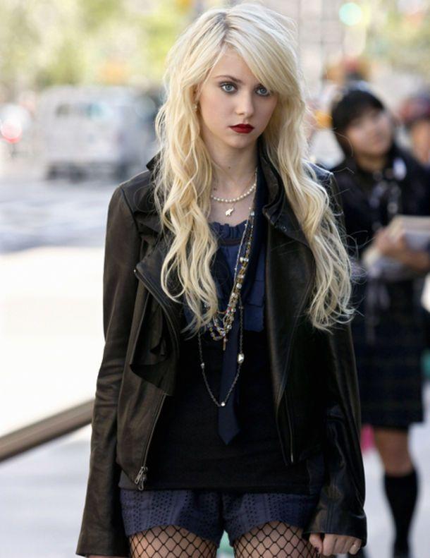 "Taylor Momsen : éloignée mais pas virée de ""Gossip Girl"""