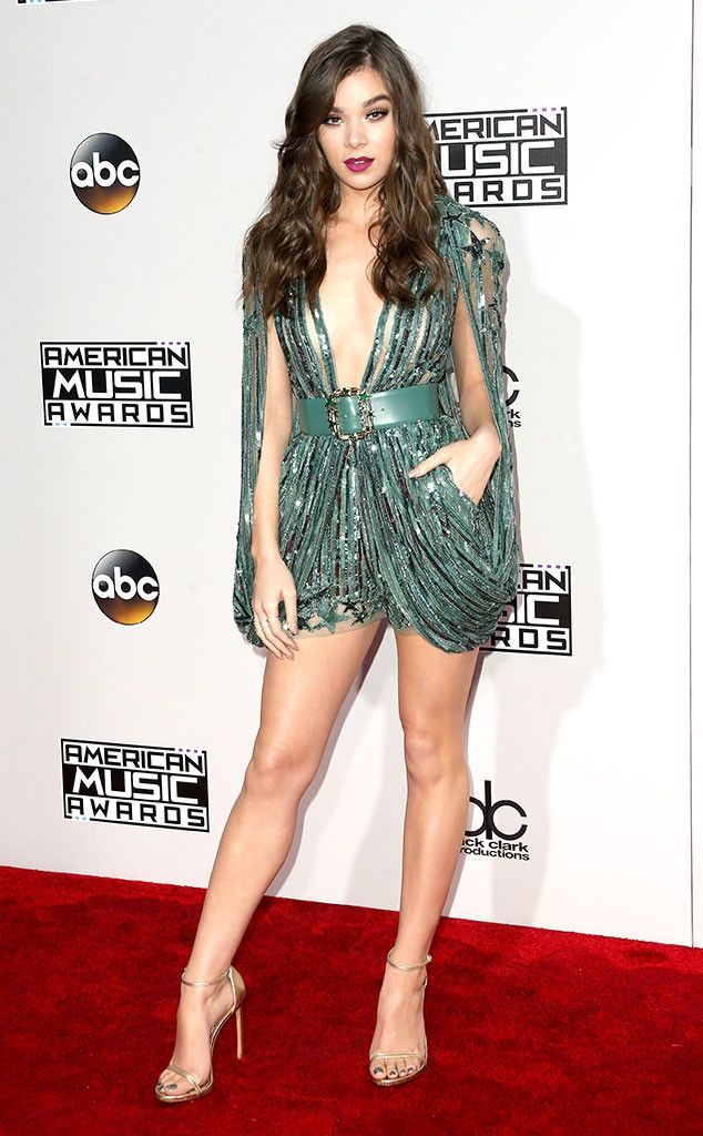 Hailee Steinfeld from AMAs 2016: Best Dressed Stars  Top-to-toe gorgeous in a glimmering, green, cocktail gown.