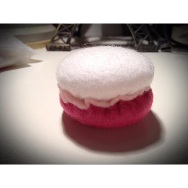 Pink & White Macaron | Yummy stuff | Pinterest | Pink
