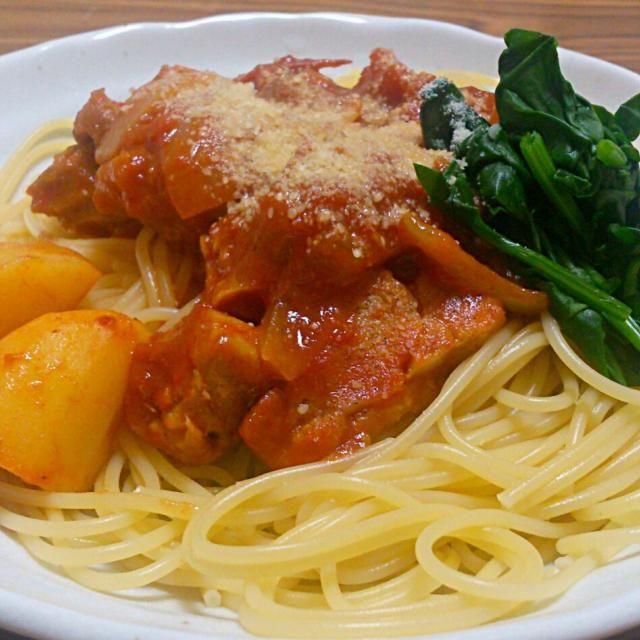 だけのつもりだったけれどスパゲティにのっけてみた - 13件のもぐもぐ - 鶏肉のトマト煮込み by あすか