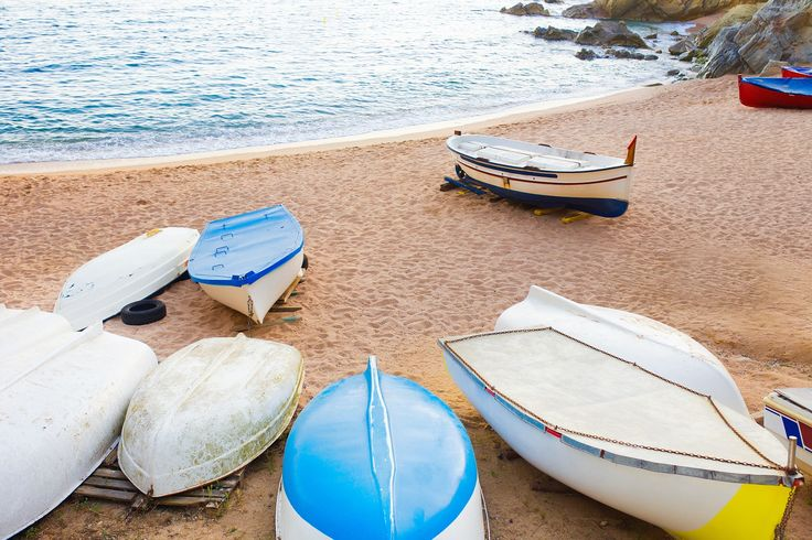Ratunki zostały rozpowszechnione na plaże Atlantic City. Niektóre były rutynowe, inne poważne i reszta, wręcz niebezpieczne. Udało nam się znaleźć przykład byle Rescue. Niewielkie turystyczno-wędkarskie łodzie https://pl.wikipedia.org/wiki/Kurs_(%C5%BCeglarstwo)