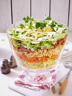 Seinen Höhepunkt feierte der klassische Schichtsalat in den 50er und 60er Jahren.