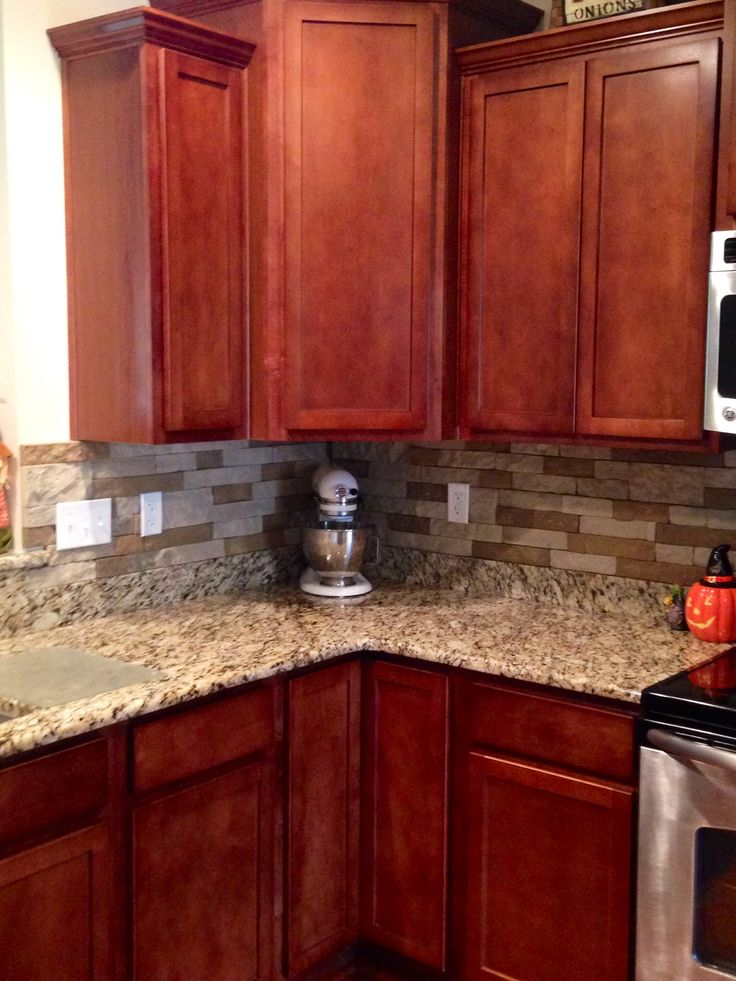 "Airstone Backsplash in kitchen. ""Autumn Mountain"". Maple ... on Backsplash Ideas For Black Granite Countertops And Cherry Cabinets  id=62118"