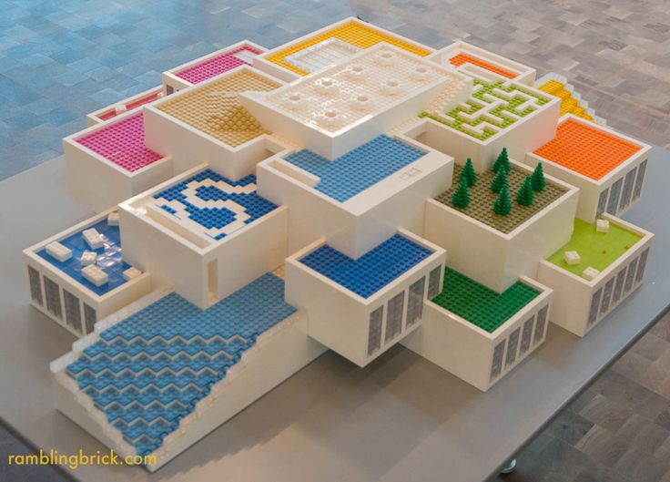 As part of the recent LEGO Fan Media Days, the Rambling Brick had the opportunity to preview the LEGO House. Located in Billund, opposite the old Kristiansen family home and on the site of th…