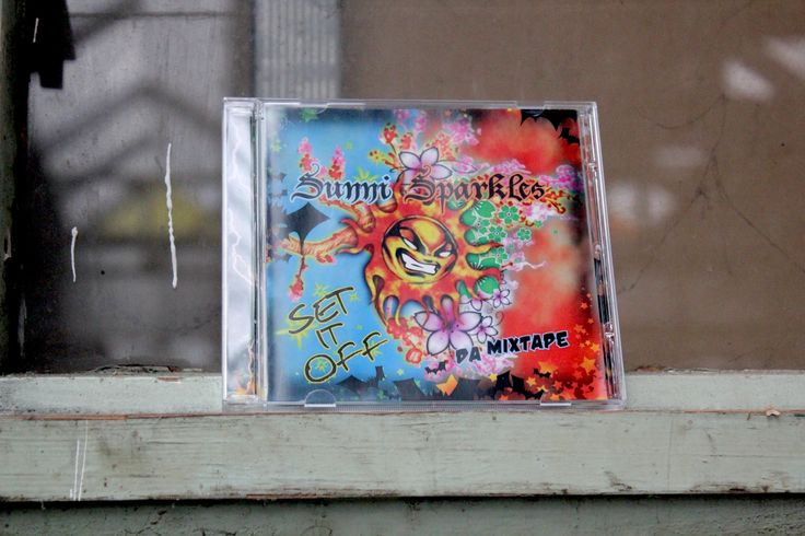 Sunni Sparkles - Mixtape Set it Off