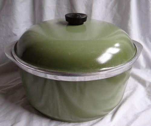 Vintage Club Avocado Green 6 Quart Aluminum Dutch Oven