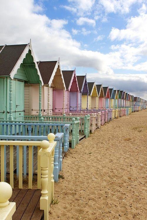 Moment Pastel Beach houses