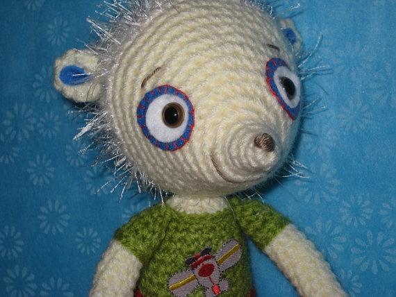 Amigurumi Mouse Pattern Crochet : 137 best amigurumi mice images on pinterest crochet mouse