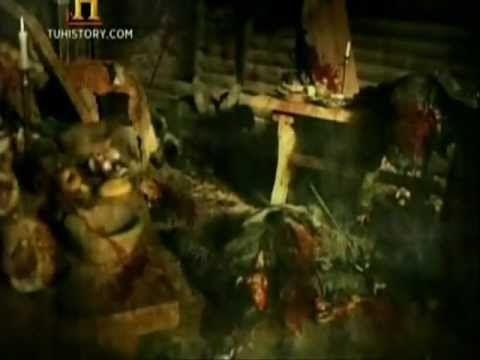 El gran guerrero Beowulf  enfrenta la gran venganza de la madre de Grendel la prueba mas dificil de el.