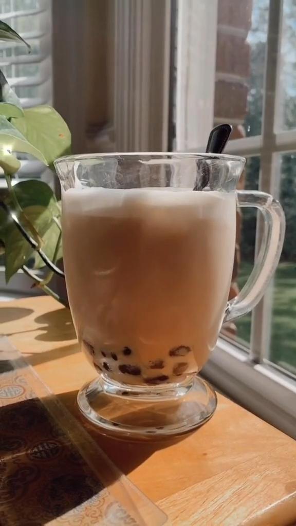 Milk Tea Recipes, Coffee Recipes, Fun Baking Recipes, Cooking Recipes, Boba Tea Recipe, Starbucks Recipes, Aesthetic Food, Smoothie Recipes, Smoothies