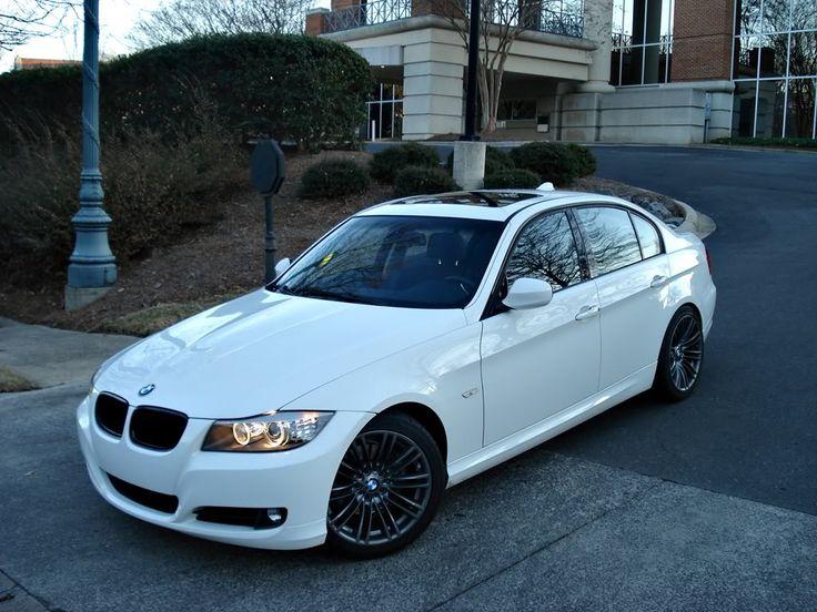 2009 BMW 328i - WHITE