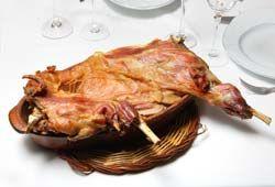Nuestro plato estrella: El cabrito asado con patatas - Restaurante en Zaragoza La Bodega de Chema