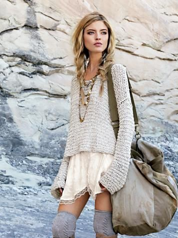 .LOVIN this awesome outfit... Great mix of fabulous laces & knee high socks & great casual fabrics!!! AWESOMESAUCE!!!