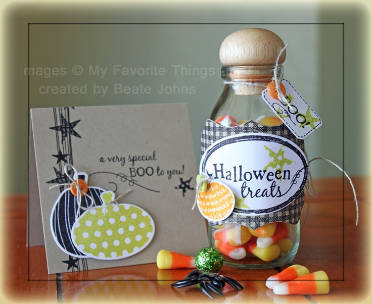 Halloween ensemble created with MFT stamps and dies.     More details here: http://beate.blogs.splitcoaststampers.com/2012/09/23/crafty-friends-challenge-halloween/: Pumpkin Treats, Halloween Cards, Pumpkin Cards, Beats John, Halloween Pumpkin, Mft Cards Stamps, Crafty Friends, Paper Crafts, Friends Challenges