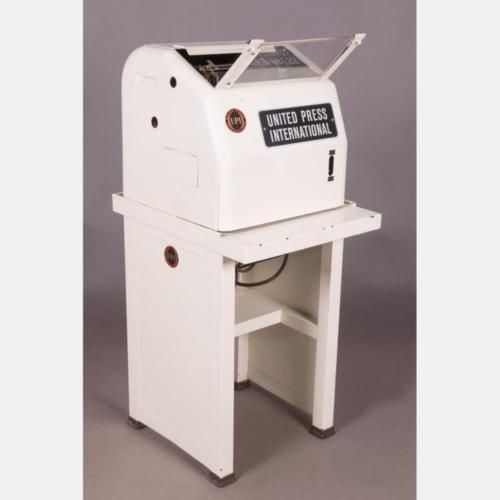 A-Vintage-United-Press-International-Teletype-Machine-20th-Century-Lot-433