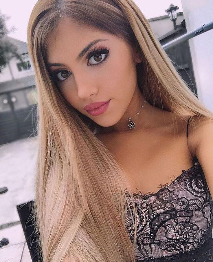 "@shennykaplan is a proud Bellami Bella in her @guy_tang 220g 22"" #4/#18 #BELLAMIChocolateBrownDirtyBlonde #BELLAMIBalayage  Use code ✖️shenny✖️ to save on www.bellamihair.com  #bellamihair #teambellami"