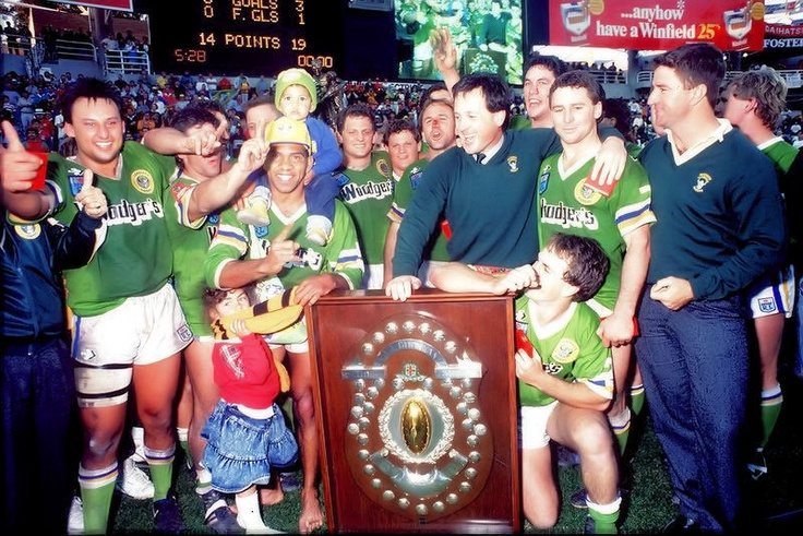 1989 Grand Final: Canberra Raiders celebrate.