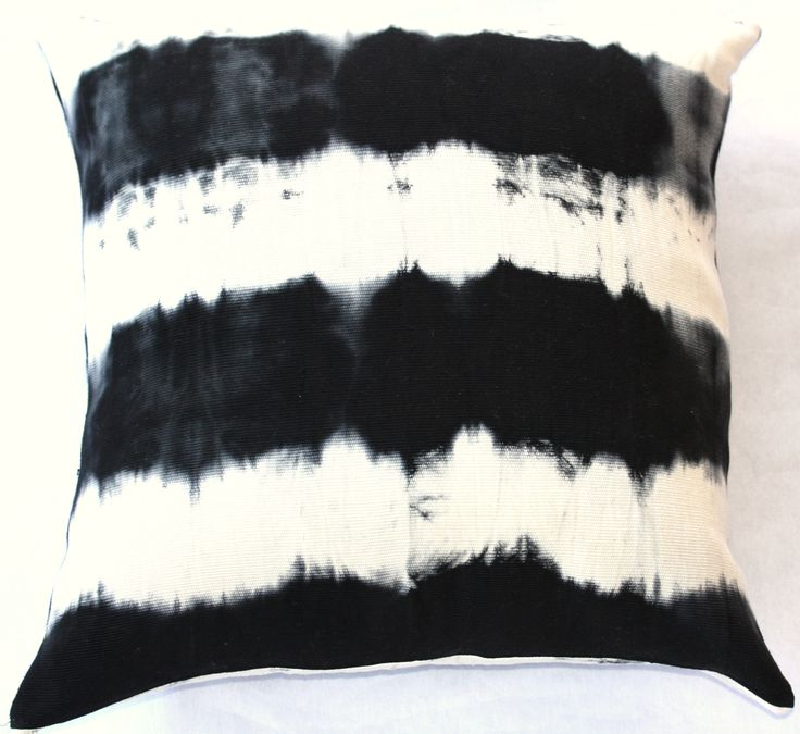 Dyed pillow