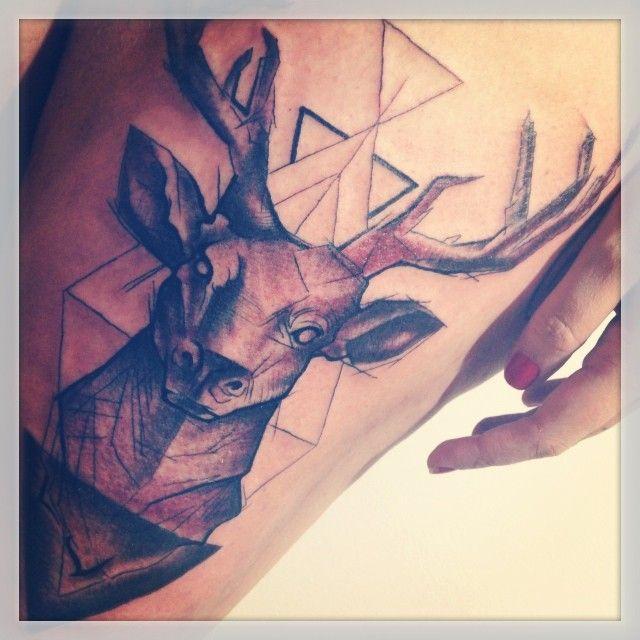 cervo-touro-geométrico