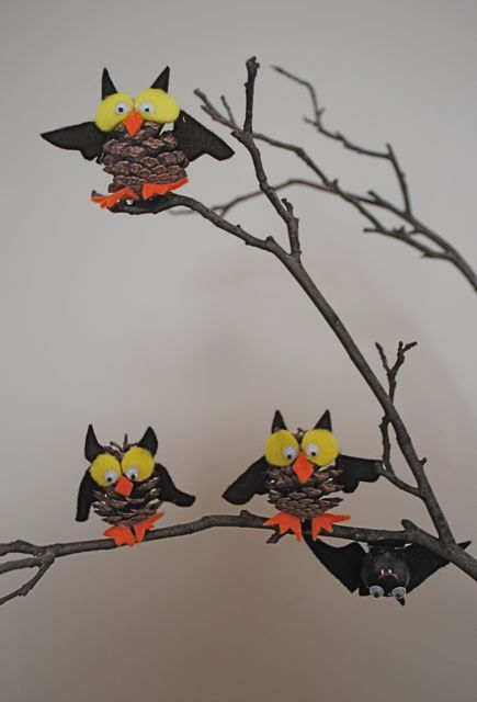 Pine Cone Owls. Owl crafts for kids.