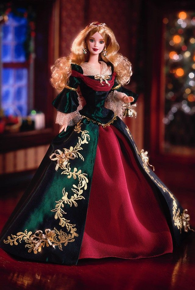Holiday Treasures™ Barbie® Doll 2000   Barbie Collector