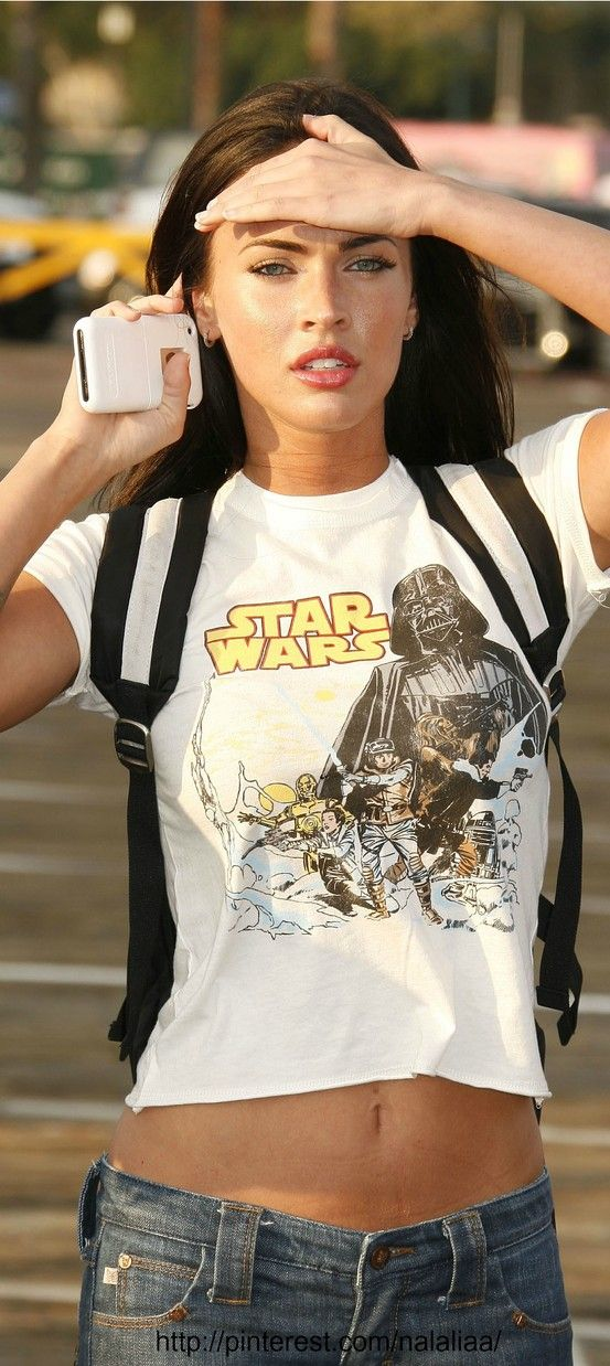 Street style - Megan Fox! MY FAVE STYLE for an easy breezy day. damn she's good
