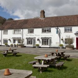 The White Horse Chilgrove