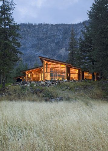 color temp contrast: Small Cabin House, Modern Cabins, Canyon House, Dream House, Mountain Cabin, Architecture, Mountain House