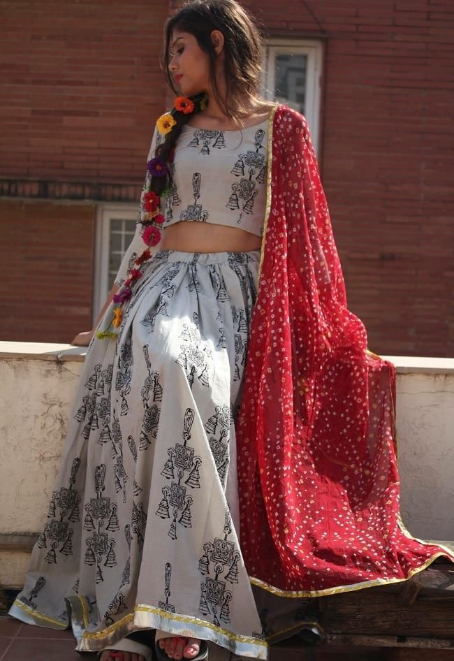Simple & Sober Black Printed White Ghagra Choli