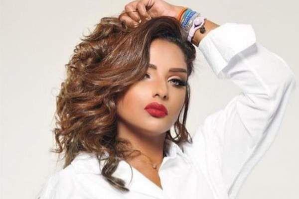ظهور مرام البلوشي بعد تعرضها لجلطة في القلب الصفحة العربية Hair Styles Long Hair Styles Beauty
