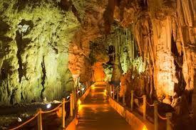 To Πρασινούλι: Σπήλαιο Αλιστράτης: Ένα ανεπανάληπτο μνημείο της φ...
