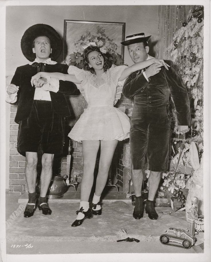 Mary Martin, Jack Benny & Fred Allen dressed as children ~ ORIG 1940 photo... DW