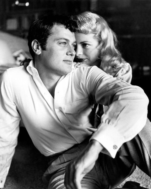 """Tony Curtis (comedic genius) and Janet Leigh (perhaps around the time they were filming """"Houdini"""")"""