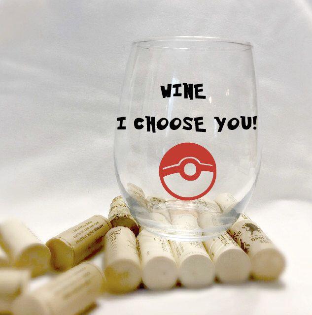Pokemon wine glass- pokeball- nintendo video game- pokemon go- stemless wine glass- I choose you- 21st birthday gift- nerdy gift- geek gifts by CraftyCassondra on Etsy https://www.etsy.com/listing/267231308/pokemon-wine-glass-pokeball-nintendo