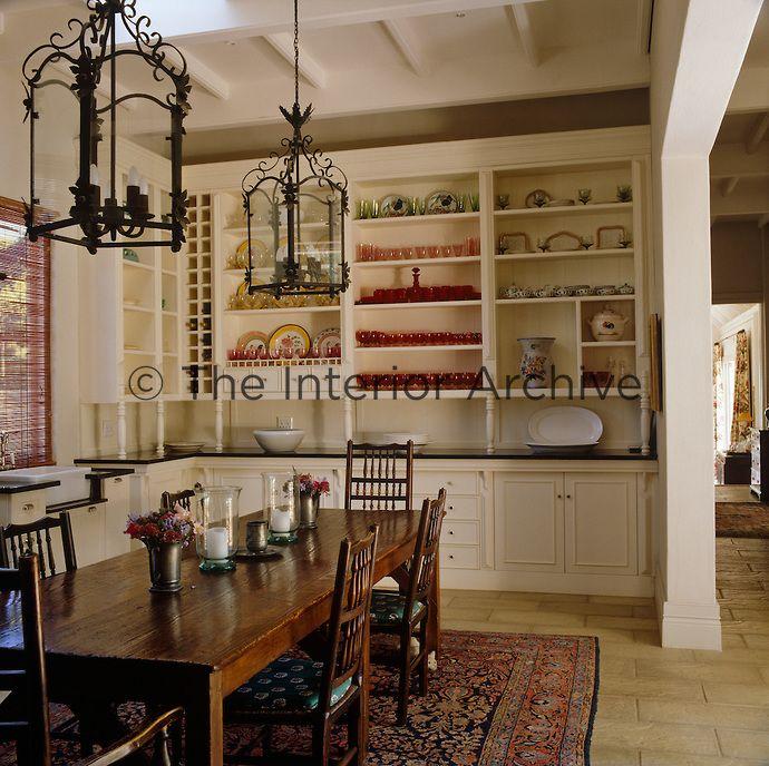 Designer Stylist Julia Twigg Architect Karen Wygers Urban Solutions An Antique Sheep Shearers Table Dominate Open Plan Kitchen Interior Interior Decorating