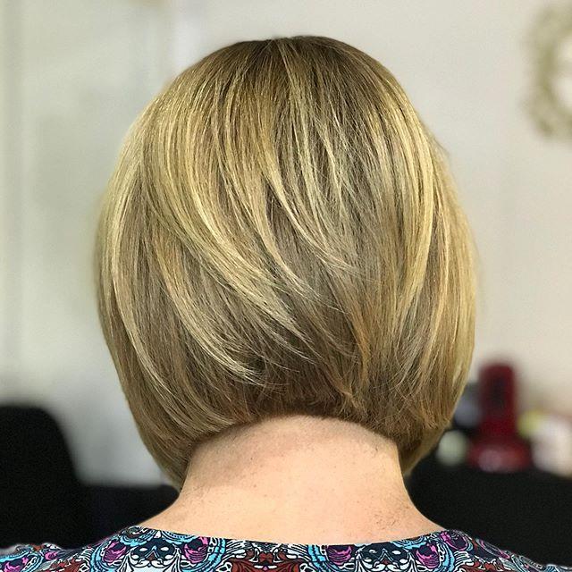44 Beste Bob Frisuren Hinten Angeschnitten In 2020 Bob Frisur Haarschnitt Bob Haar Styling