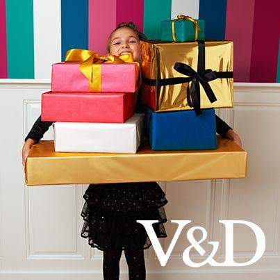 Zoveel cadeaus! Zoveel te bedenken... De V&D hulpsint staat je bij ;)