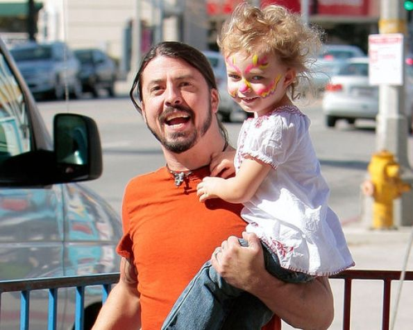 Dave Grohl spends some quality time with his daughter Violet.
