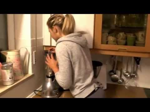 Sophia's Diätgeheimnisse #1 | Blaubeermuffins - YouTube