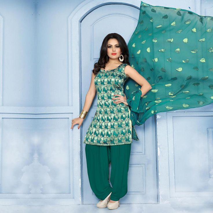 Buy Delightful Green Pure Banarasi Silk Jacquard Designer Patiala Suit at Rs. 2049- Get latest Patiala Suit for womens at Ethnic Factory. ✓Genuine Products ✓ Easy Returns ✓ Best Pricing #Ethnicfactory #Fairprice #patialasuit #Fashion