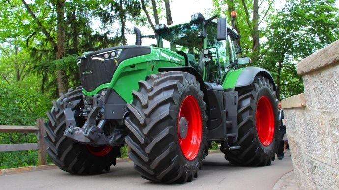 Case Heavy Equipment | Fendt 1000 Vario tracteurs caractéristiques, photos et vidéos