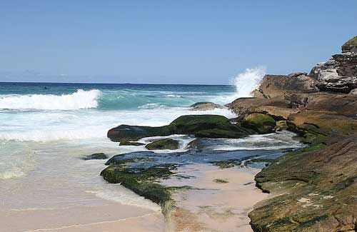 Coastal Walk (Image: 4nitsirk used under a Creative Commons Attribution-ShareAlike license)