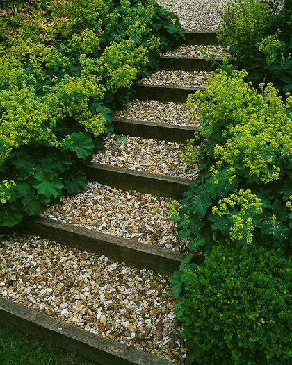 nice diy long steps and beautiful borders